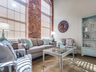 Alpha Mill Apartments Living Room